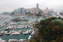 4 Bedroom Condo for sale in Wong Chuk Hang, Hong Kong